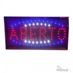 Painel LED aberto colorido